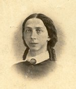 Black & white photograph of unidentified woman.